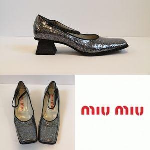 Miu Miu patent leather square toe mary Jane shoe